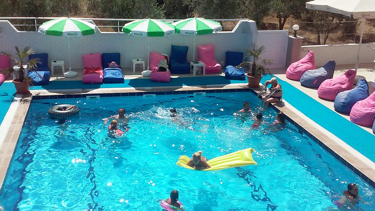 havuzlu-oteller-avsa